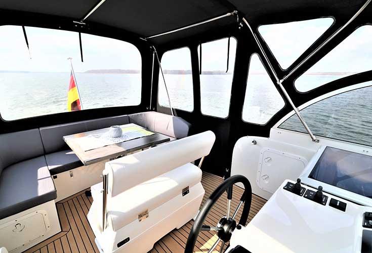 https://relax-yachtcharter.de/wp-content/uploads/2019/06/Grono-35-2-1.jpg