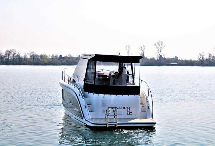 https://relax-yachtcharter.de/wp-content/uploads/2019/06/Stillo-30-3.jpg