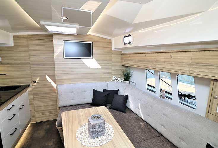 https://relax-yachtcharter.de/wp-content/uploads/2019/07/stillo30-12.jpg
