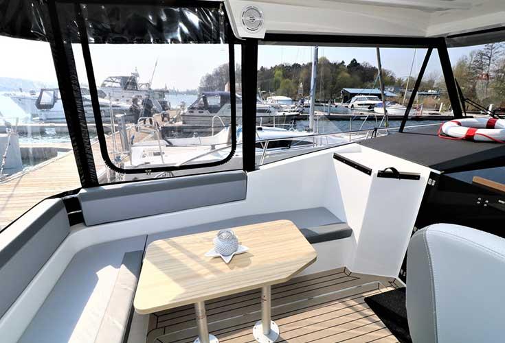 https://relax-yachtcharter.de/wp-content/uploads/2019/07/stillo30-16.jpg