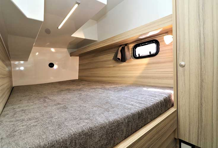 https://relax-yachtcharter.de/wp-content/uploads/2019/07/stillo30-7.jpg